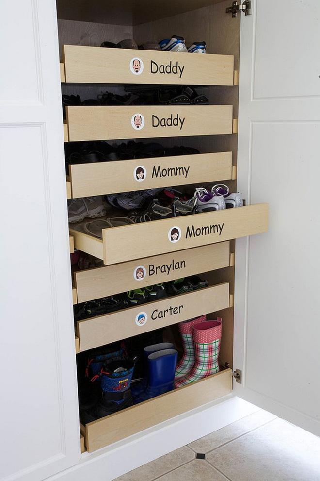 thiết kế tủ giày