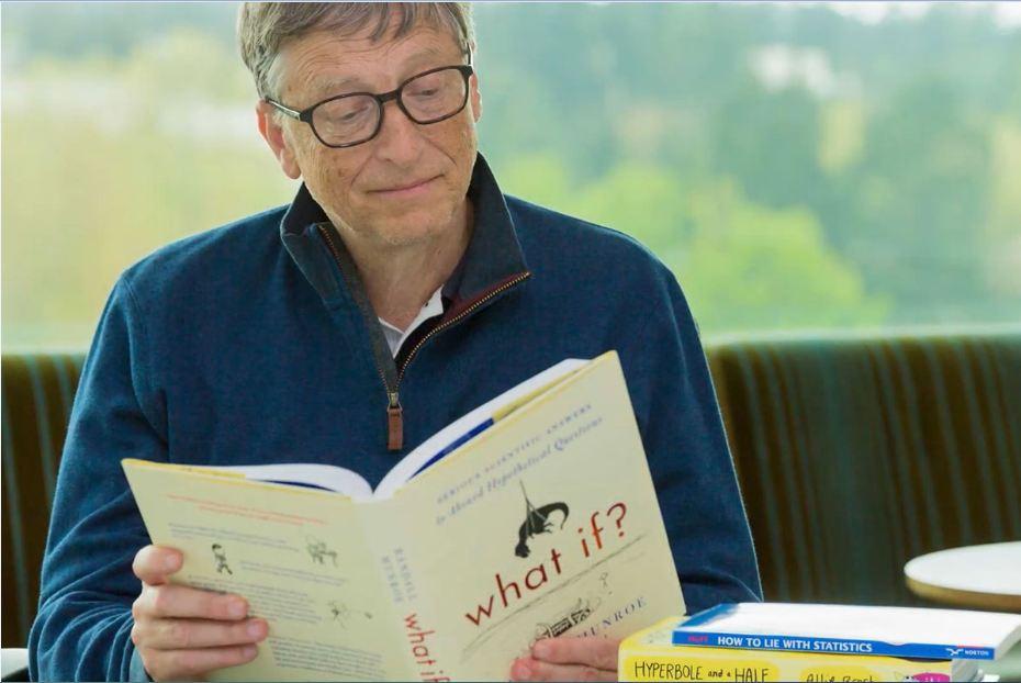 Bill Gates là người ham học hỏi. giản dị