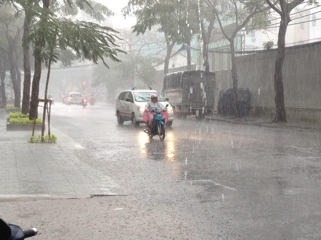 Chuyển nhà mùa mưa gió cần phải làm gì?