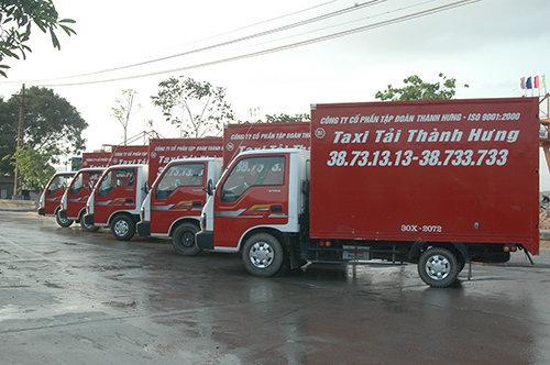 Đoàn xe taxi tải chuyển nhà văn phòng Thành Hưng