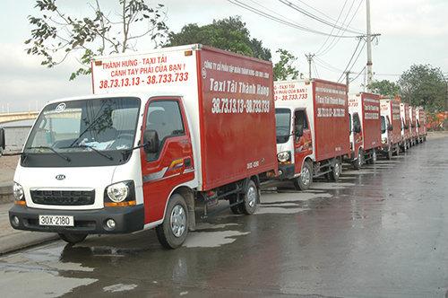 Đoàn xe taxi tải chuyển nhà thương hiệu Taxi tải Thành Hưng